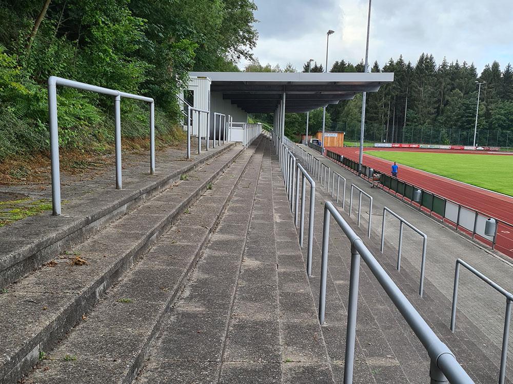 stadionreinigung-vorher